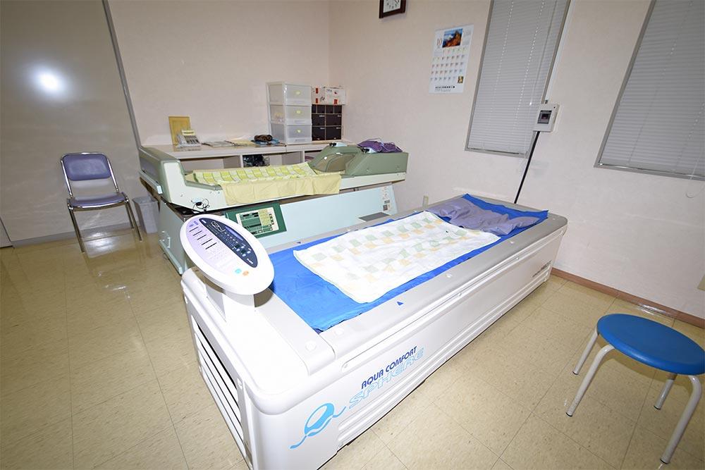 ウォーターベッド型マッサージ器(水圧振動刺激によるリラクゼーションベッドです。)